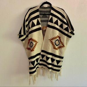 Debut   Western Style Poncho Sweater S/M